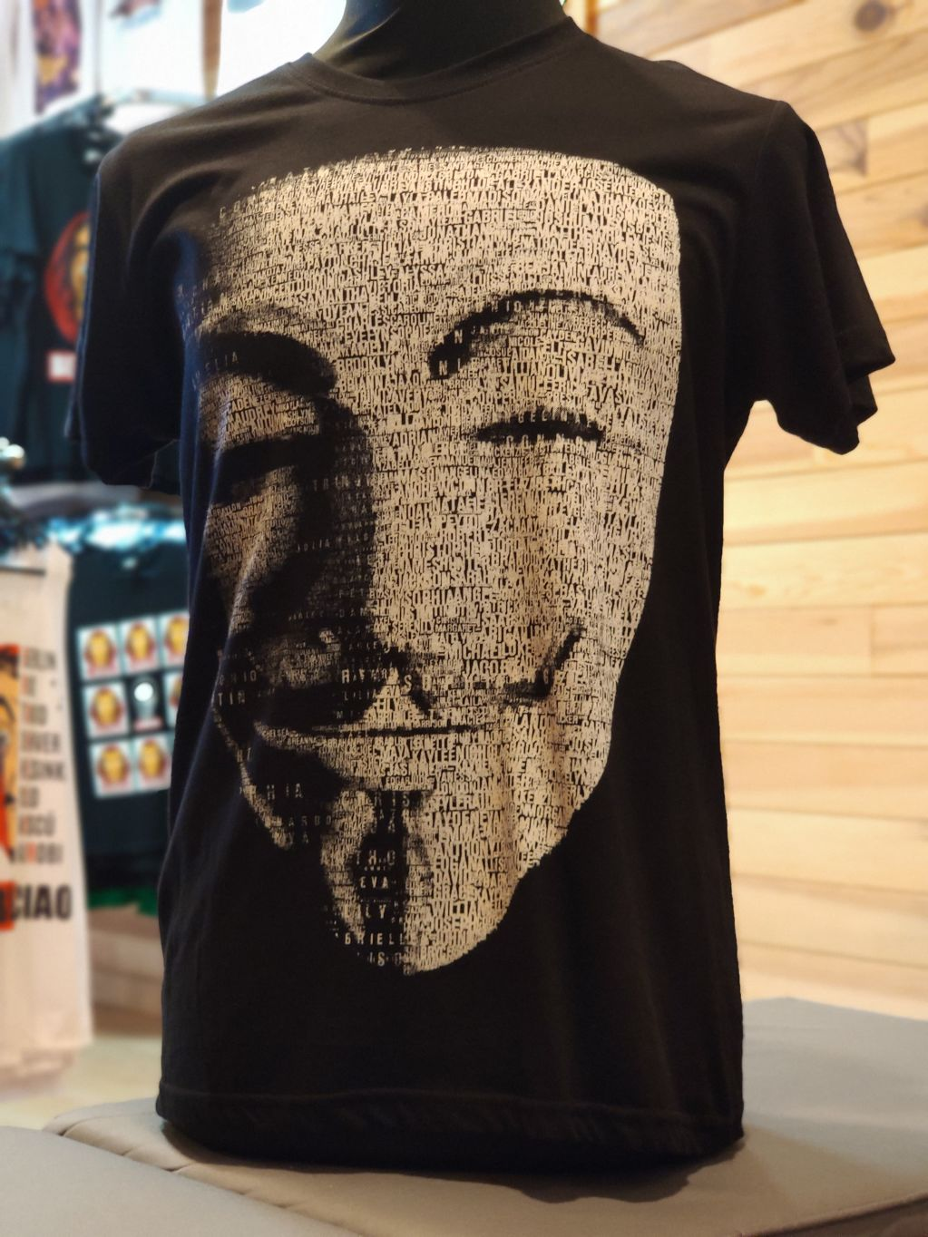 Máscara anonymous (V de vendetta) - 116d2-IMG_20190815_132111.jpg