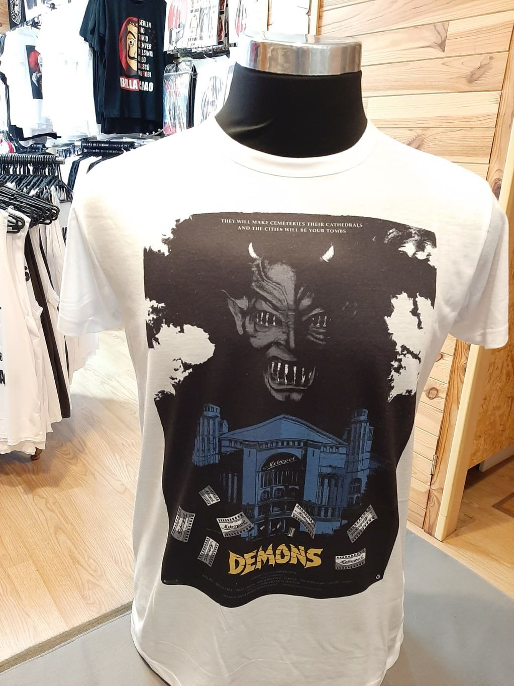 Demons - 5745f-camiseta-demons-1.jpeg