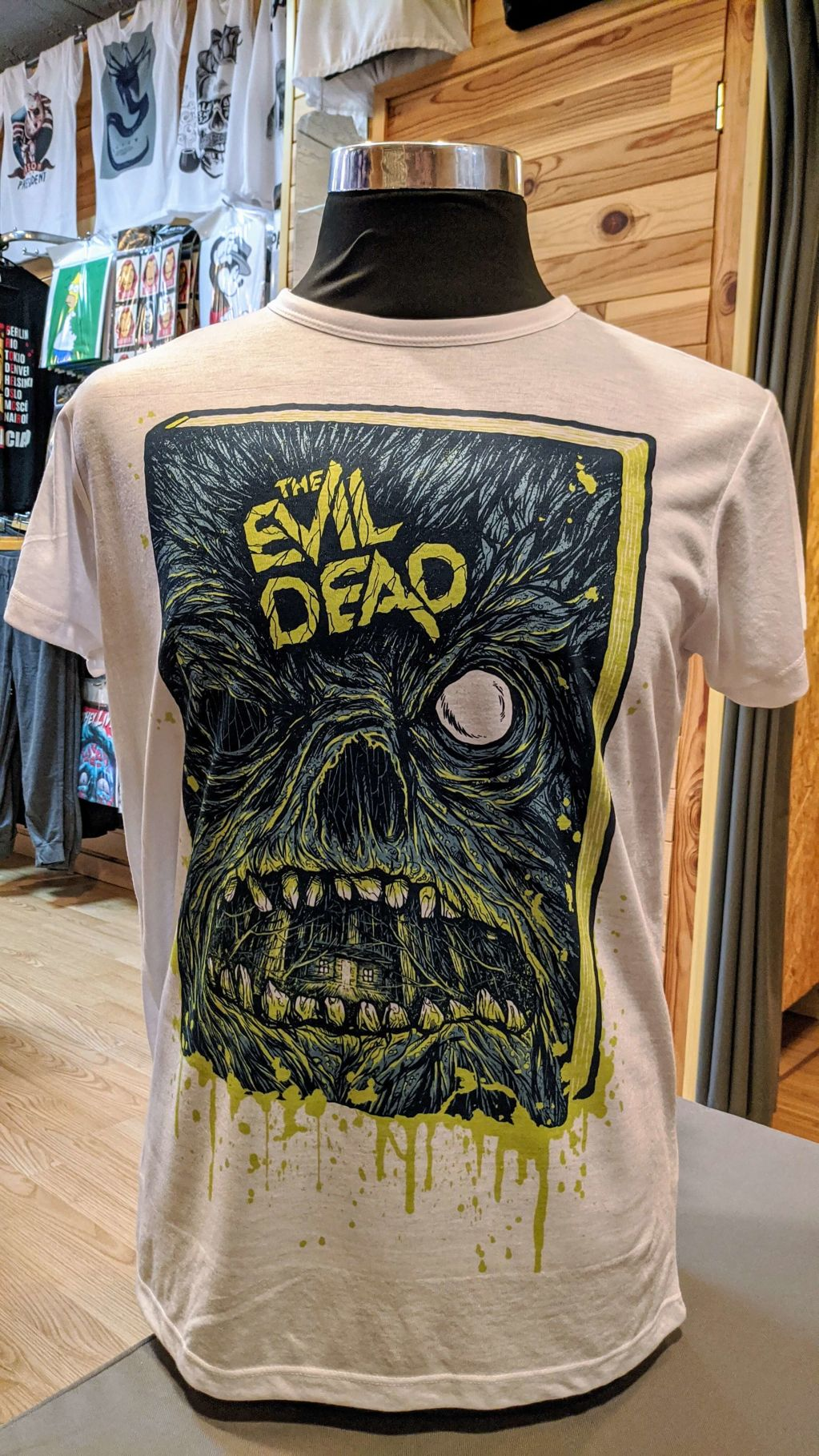 The Evil Dead - a8ffa-camiseta-evil-dead.jpg