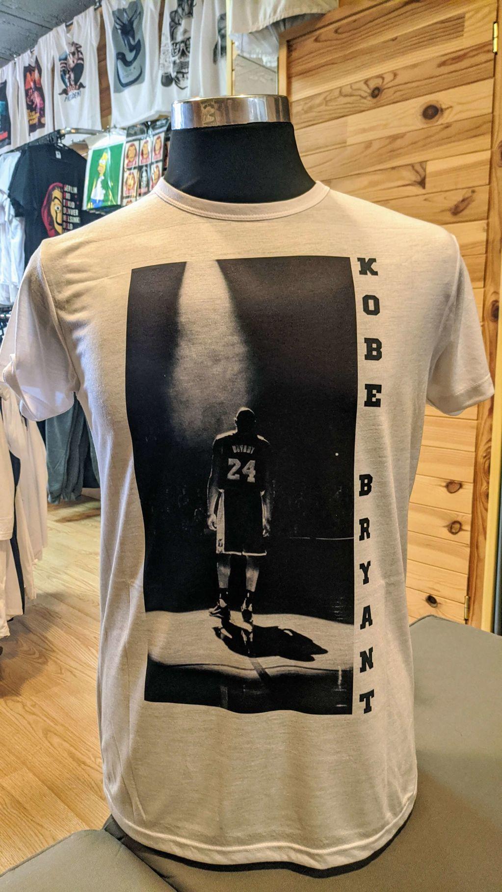 Kobe Bryant - ba463-camiseta-kobe-bryant-2.jpg